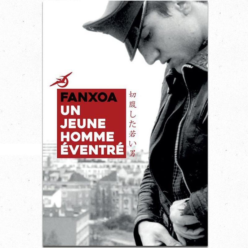 FANXOA Un jeune homme éventré - Livre