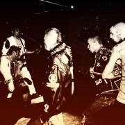 Clochtard Crasvat - Anartisanart Punk, rock et anarchiste - t-shirts - Distro Punk, HardCore, Crust, etc.